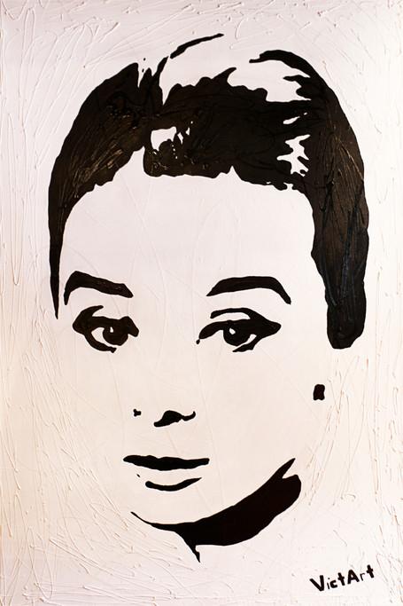 Audrey Hepburn / 2011