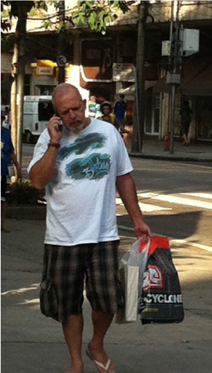 celular_na_rua.png