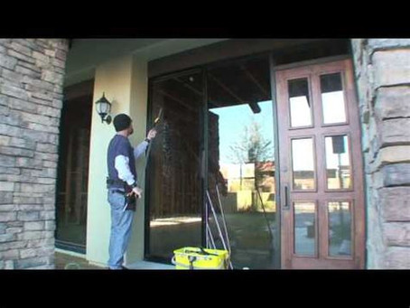 LIFESTYLE10 Benefits of Hiring a Professional Window Cleaner for Your Home