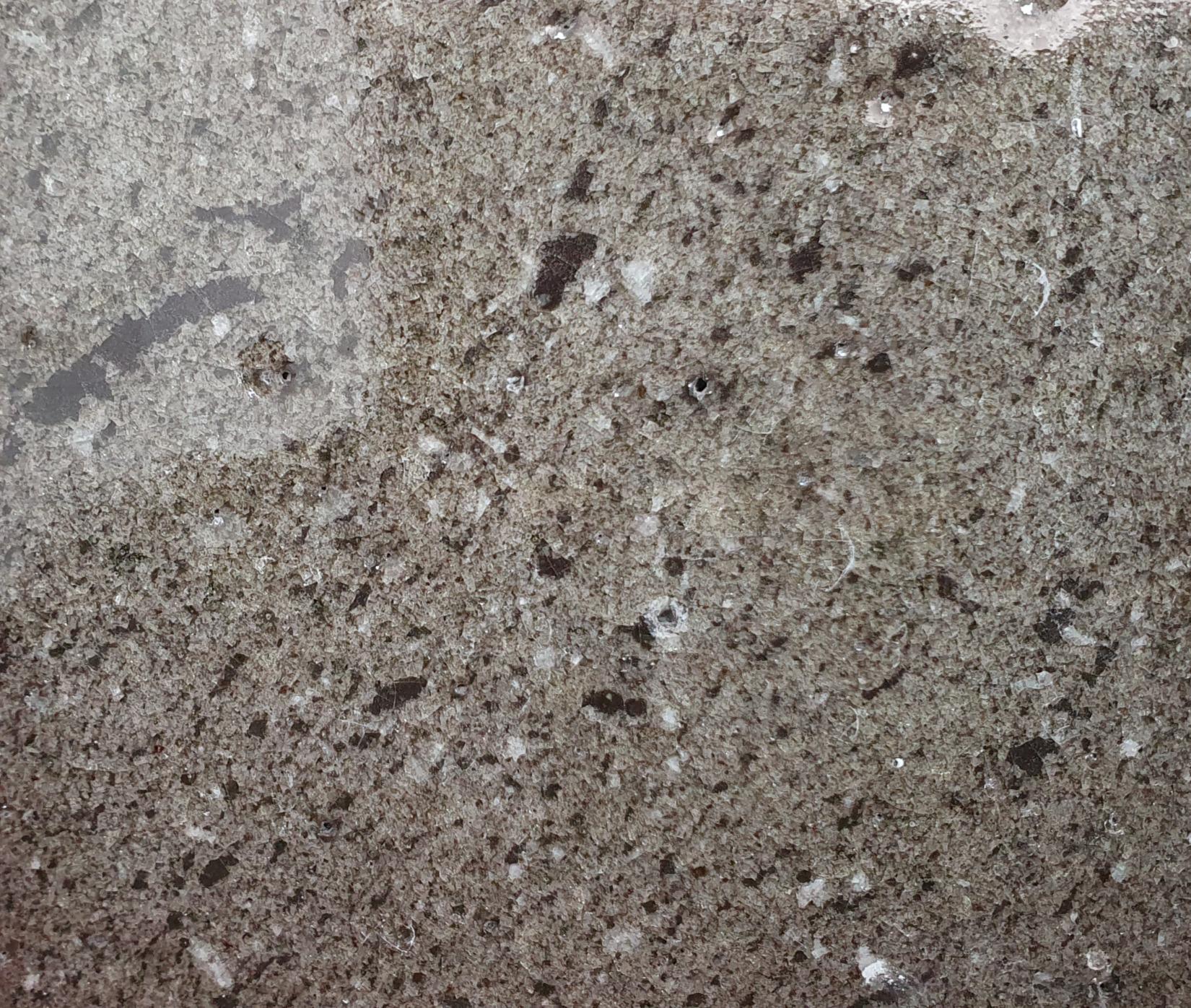 Transparent brillant sur couverte minérale