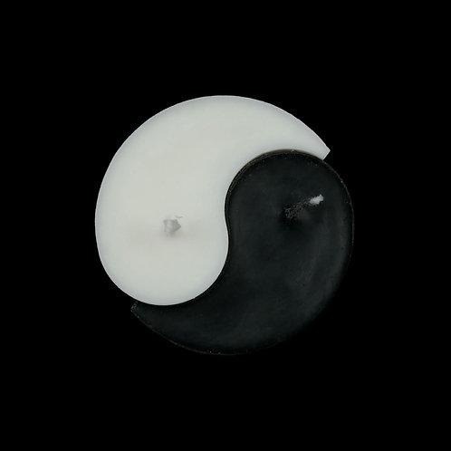 Ri-Ri-Ku: Yin Yang Candle in Black/White