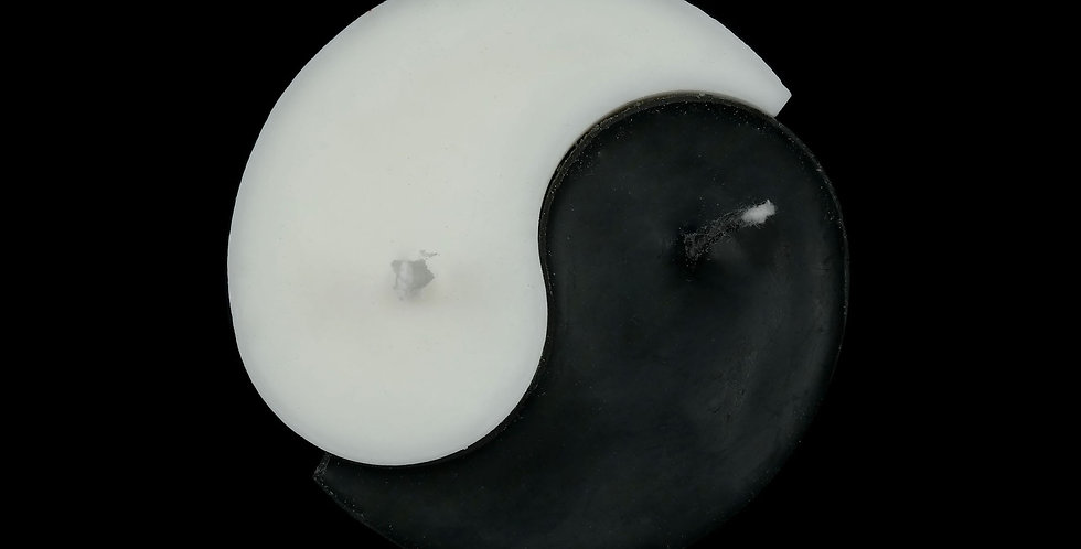 Ri-Ri-Ku: Yin Yang Candle in Black/White