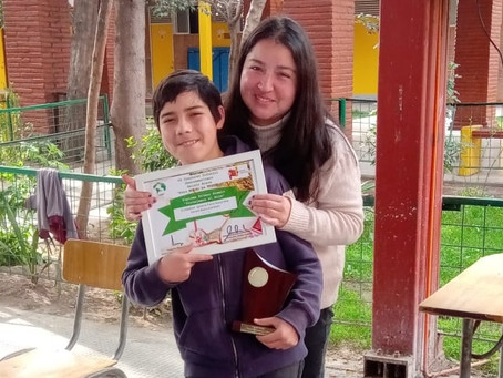 Estudiante bosquino recibe importante reconocimiento internacional