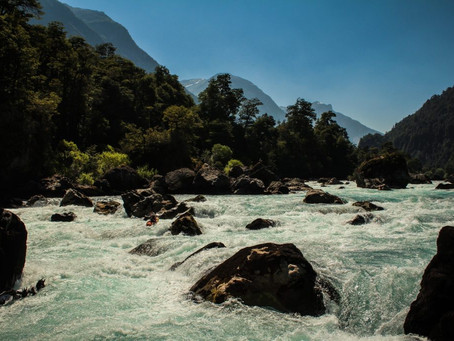 Derecho solo para algunos: Chile no protege sus bienes naturales y remata su agua al mejor postor.
