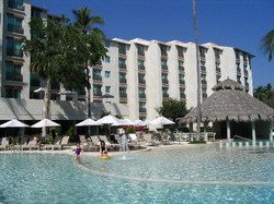 hotel-with-pool