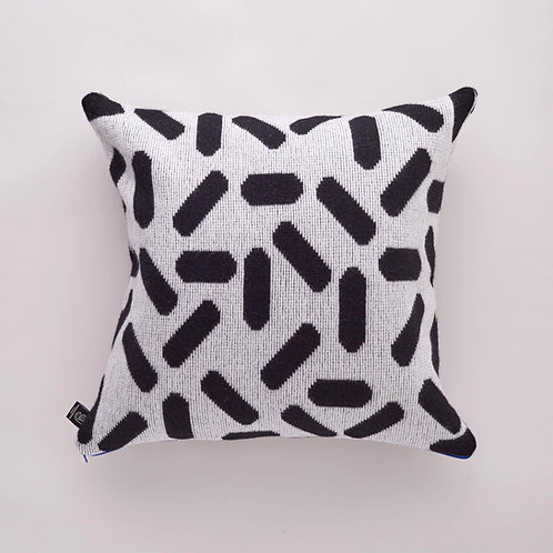 Tic-Tac Cushion in Black and White with Red zip