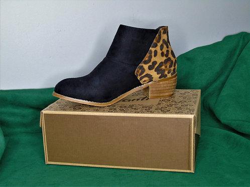 Avanti Black and Leopard Print Women's Shoes