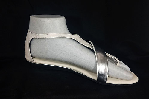 EASY USA White/Silver Sandals Toe Wedge