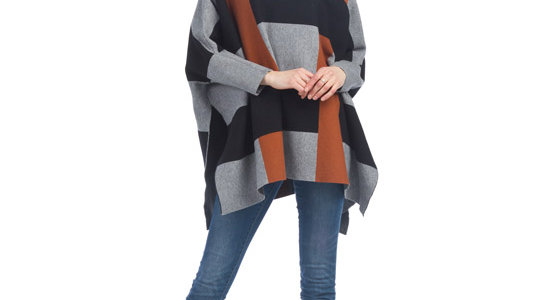 Knit Colour Blocked Sleeved Poncho Papillon