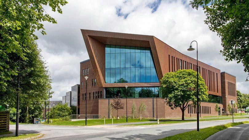 Glucksman Library UL 810x456.jpg