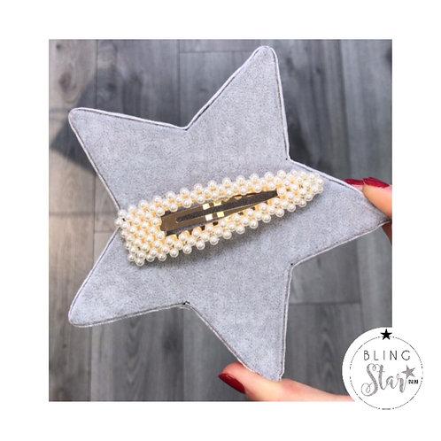 Oversized Triangle Pearl Clip