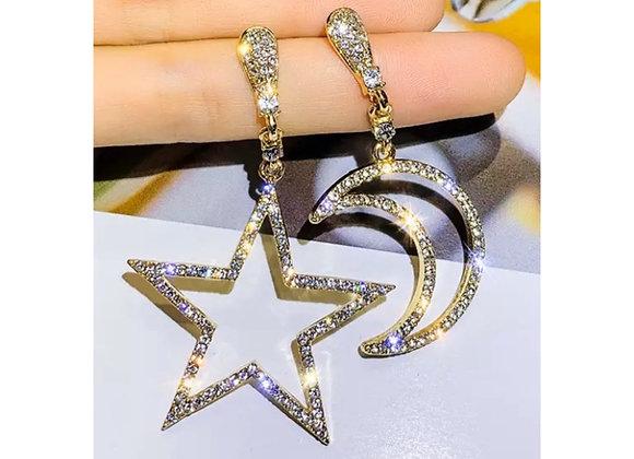 New Moon Earrings Gold