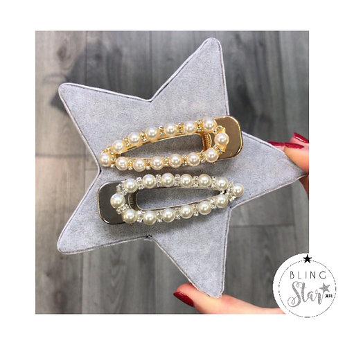 Oversized Pearl & Diamanté Traingle Clip