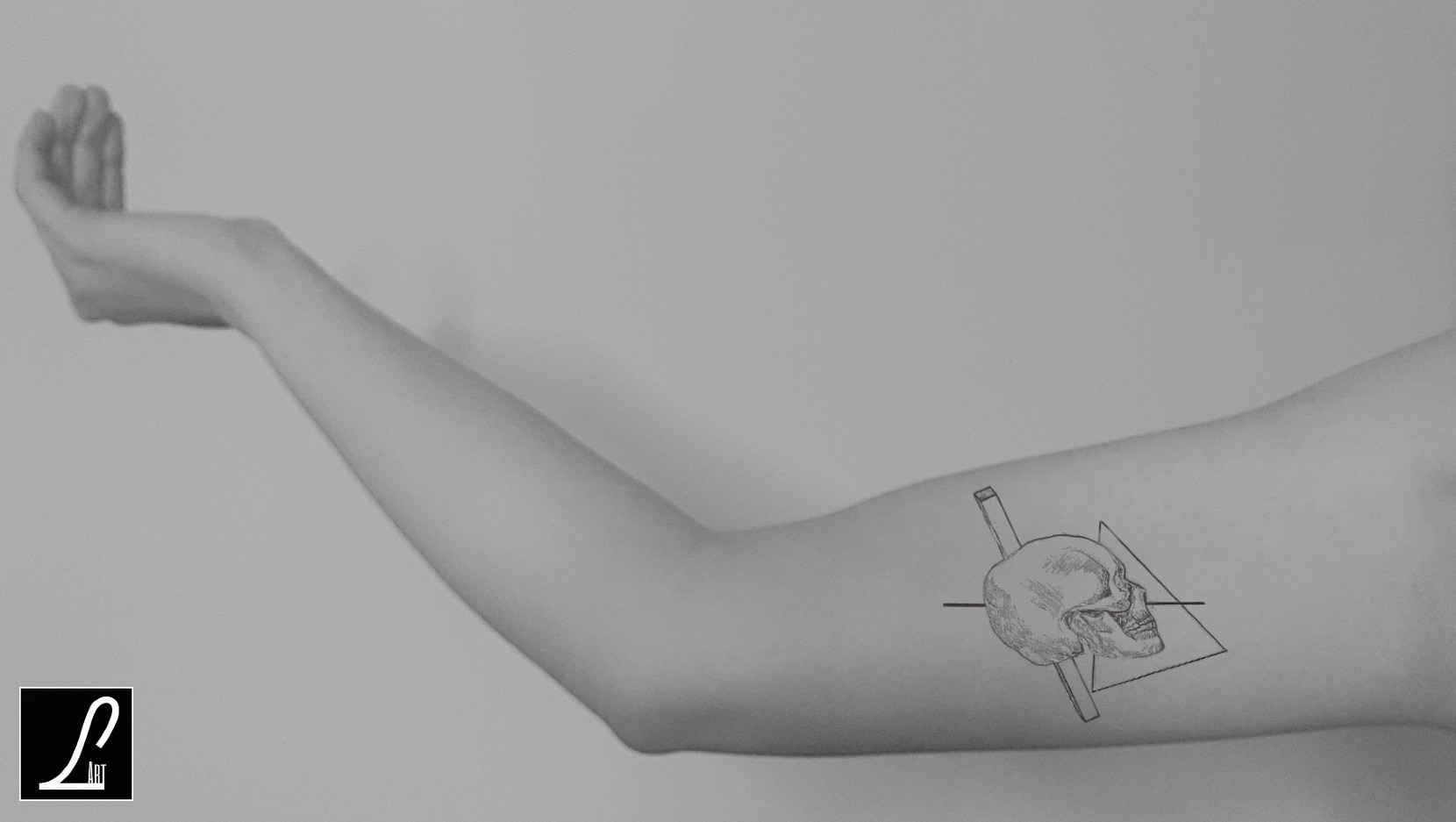 TATTOO ARM - GEOMETRY