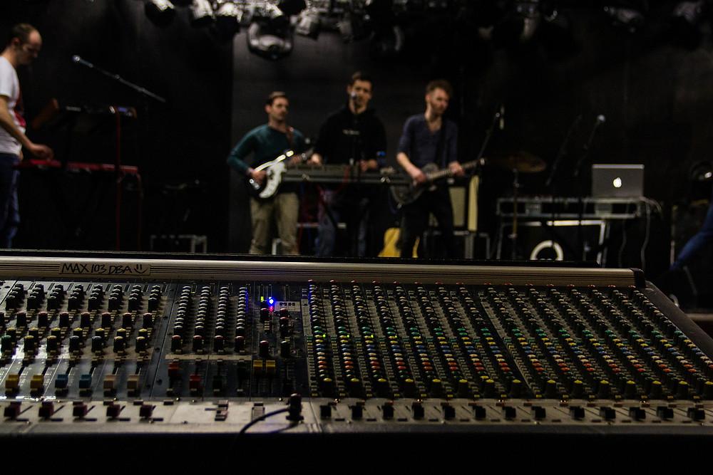 sound check mixing