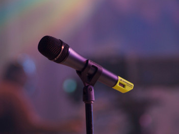 Eight Ways to Eliminate Microphone Feedback