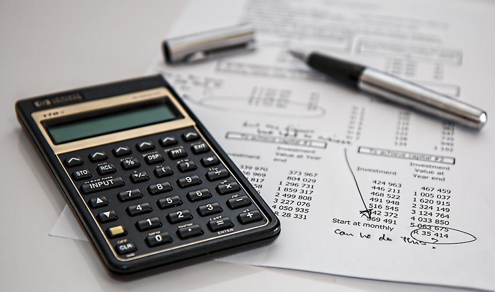 An event budget spreadsheet and calculator