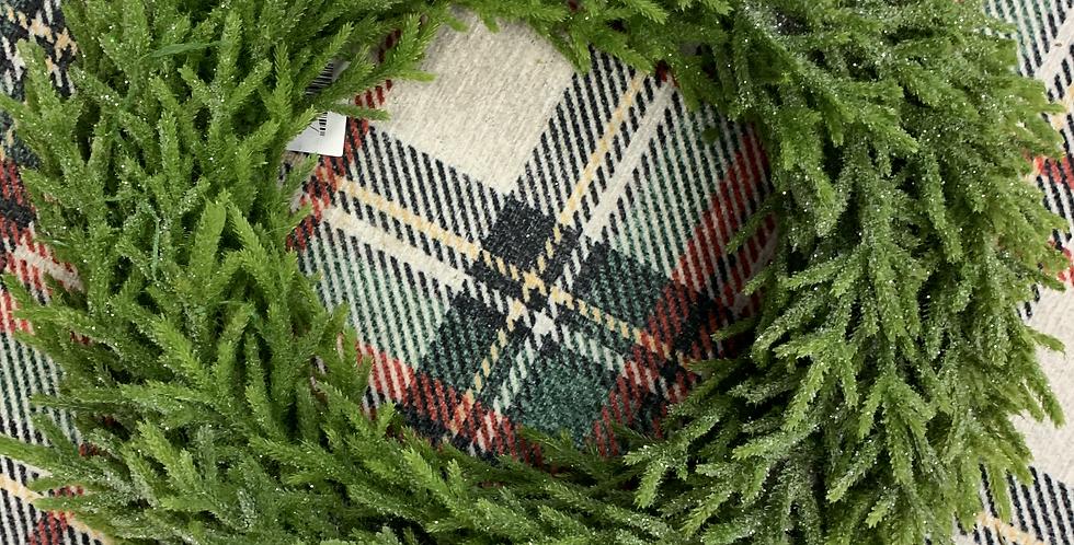 17 inch Glittery Faux Wreath
