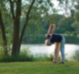yoga-1434787_1920.jpg