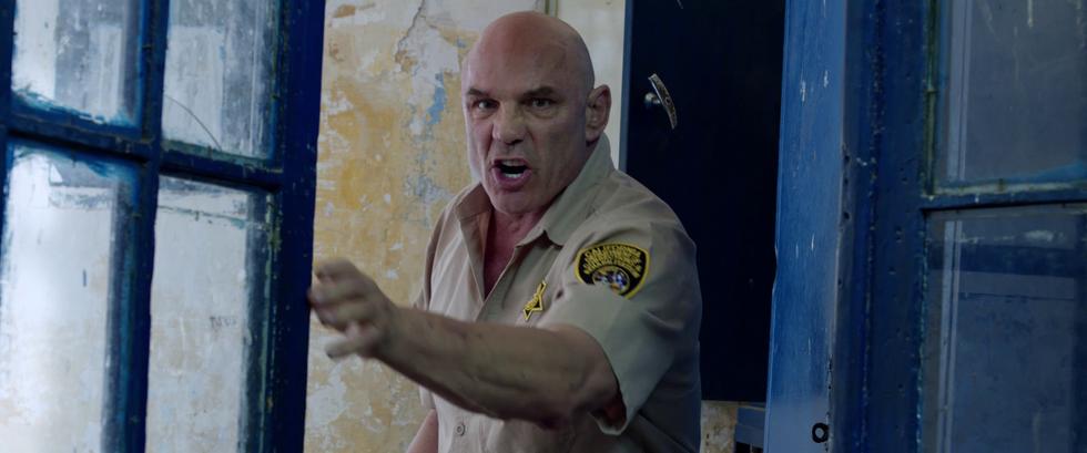 Louis intimidates inmates!