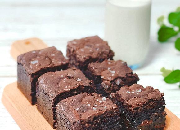 "8"" Sea Salt Flakes Brownies"