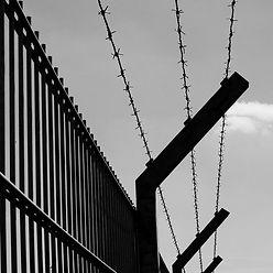 Desde esta Capilla Hospitalaria te invitamos a Orar por los presos y también por aquellas personas que se encuentran en estos momentos privadas de su libertad