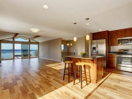 The Characteristics & Benefits of Oak Hardwood Flooring