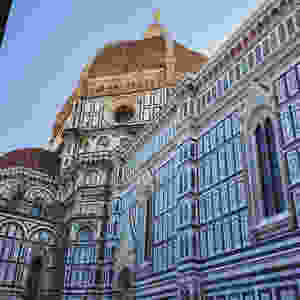 Firenze, Piazza Del Duomo In Florence, Italy Friends That Carry On Travel Blog