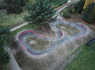 Small pump track