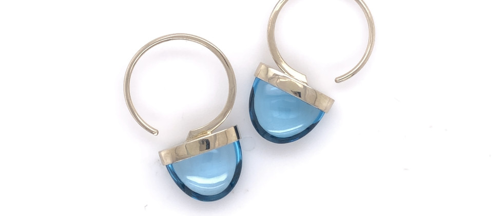 Arch Hoops