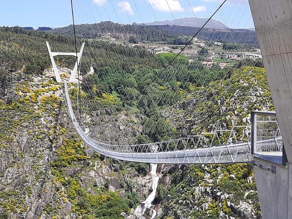 Maior Ponte Pedonal suspensa do mundo já aberta em Arouca