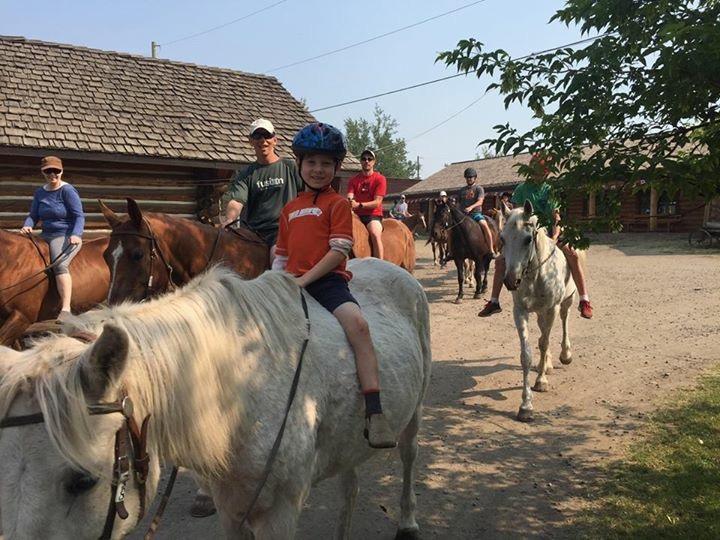 Unsupervised Horseback Riding   Flying U Ranch