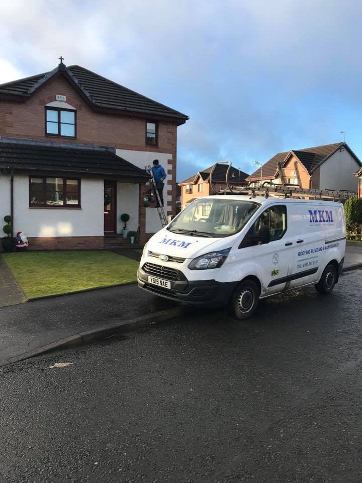 Domestic Gutter Cleaning in Giffnock