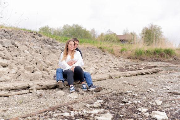 Paarshooting Verliebt Engagement-Shooting Einsiedeln Trachslau Alpthal Schwyz Pfäffikon  Fotograf Fotografin
