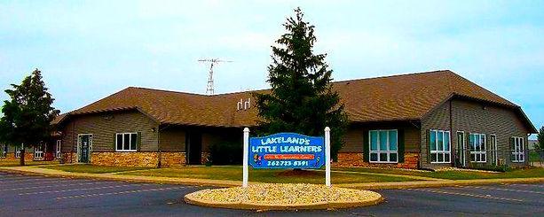 240 E Commerce Ct, Elkhorn