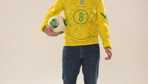 Camisetas históricas da Seleção Brasileira compõem a exposição Copa Experience