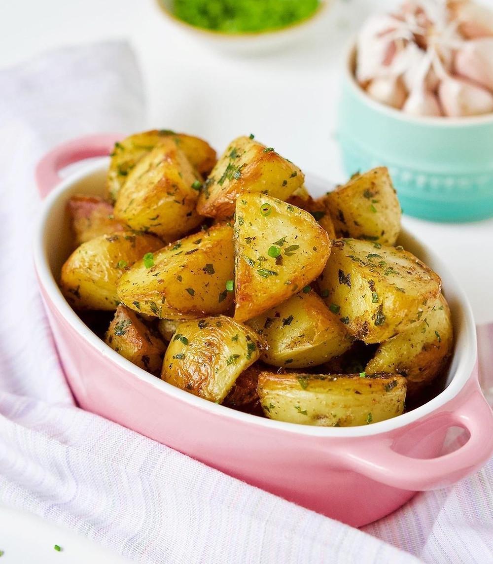 batatas coradas na frigideira