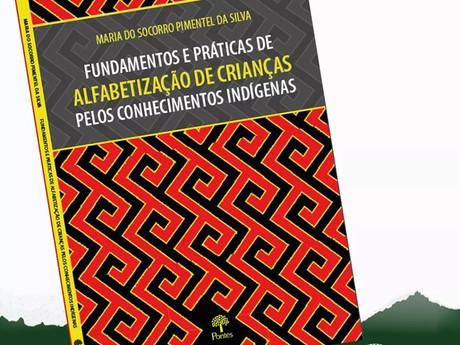 Livro - Fundamentos e Práticas de Alfabetização de Crianças pelos Conhecimentos Indígenas