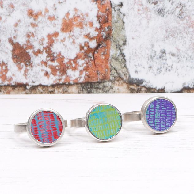 Medium aluminium cabochon silver rings