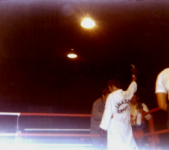 Joey entering the ring1