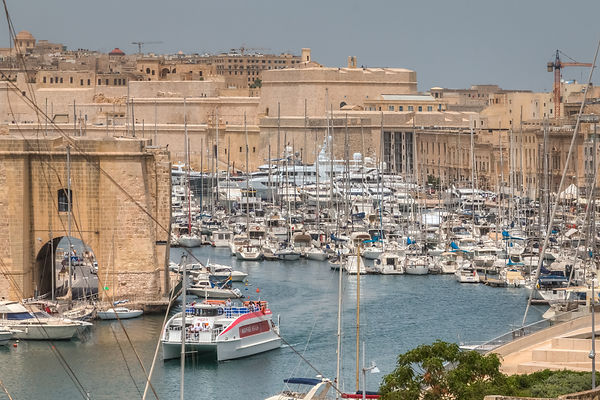 Casa Birmula - View of Birgu with ferry