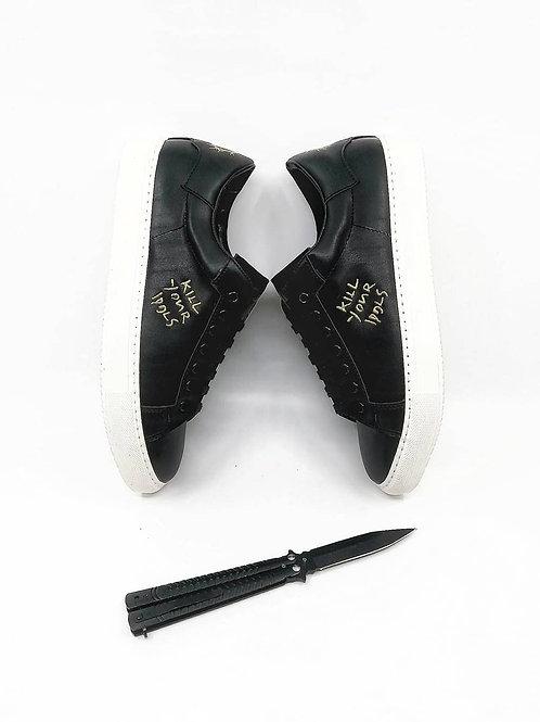 Tupac Sneaker Gold