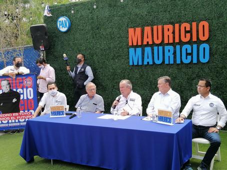 Arropado por ex Alcaldes, Mauricio anuncia un blindaje para la administración de San Pedro