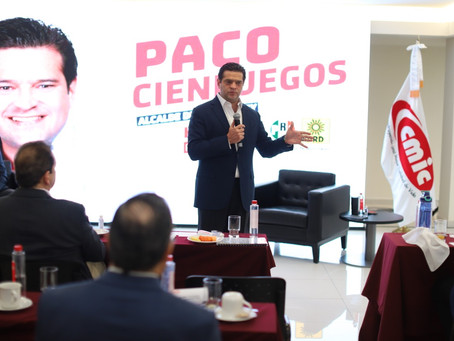 Pacta Paco Cienfuegos con empresarios impulso a la industria de la construcción