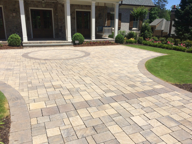 Late Summer Wow-Worthy Hardscaping Ideas for the Front Lawn