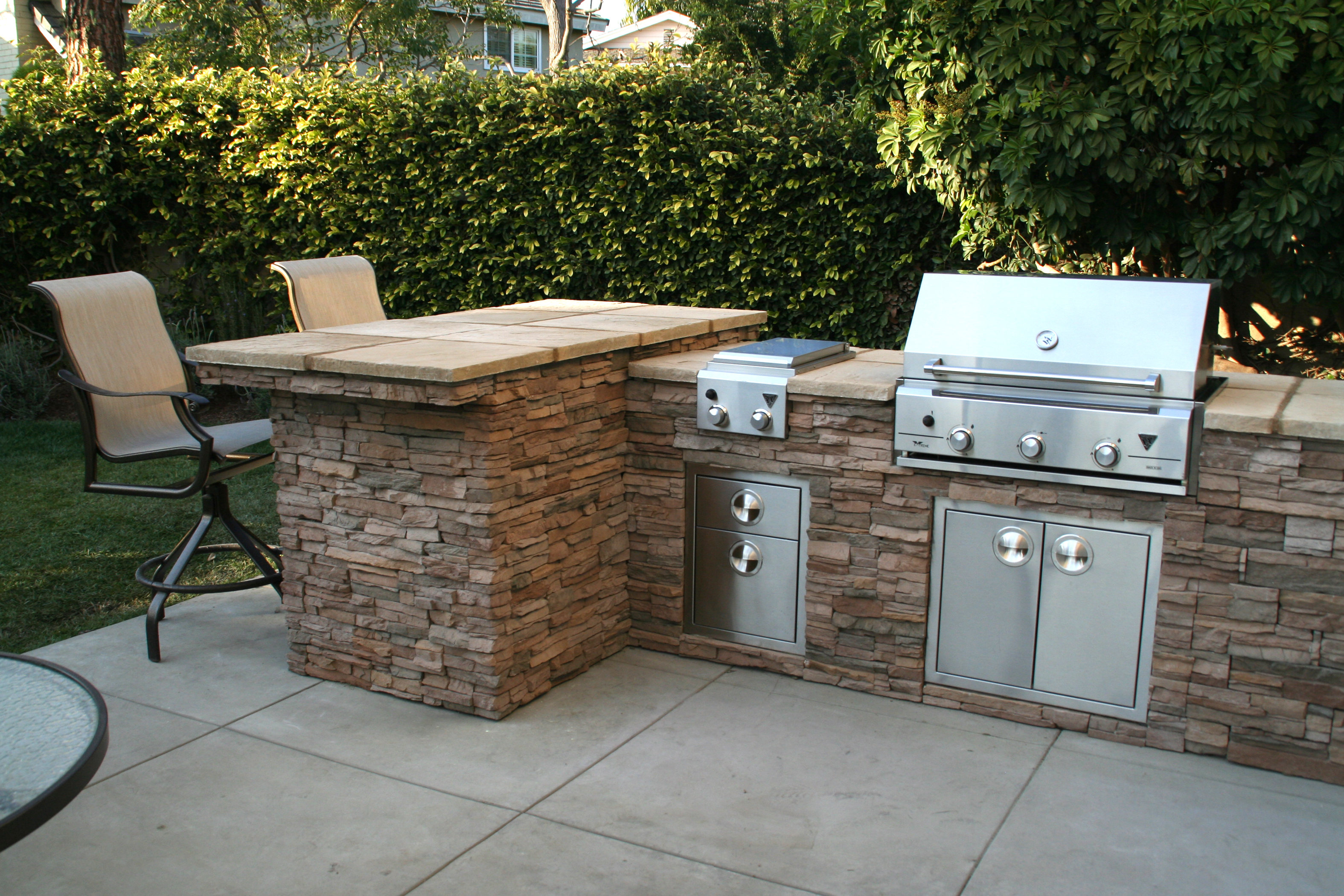 Outdoor Kitchen for any entertainer