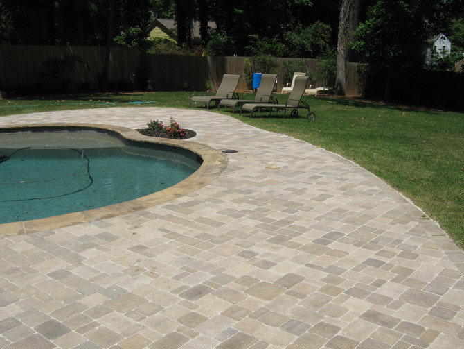 Why Hardscaping Compliments Summertime Fun