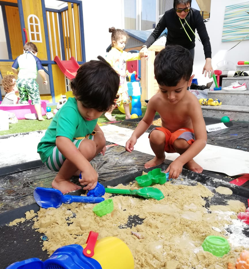 Messy Play Oct 18