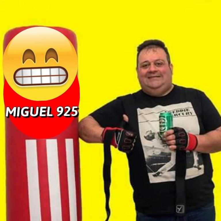 Viernes de Comedia con MIGUEL 925