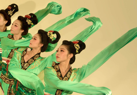 Ancient Chinese Court Dancing Comes to Hong Kong